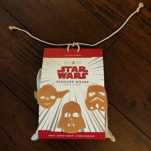 Williams Sonoma Star Wars Pancake Molds, 3 in Set